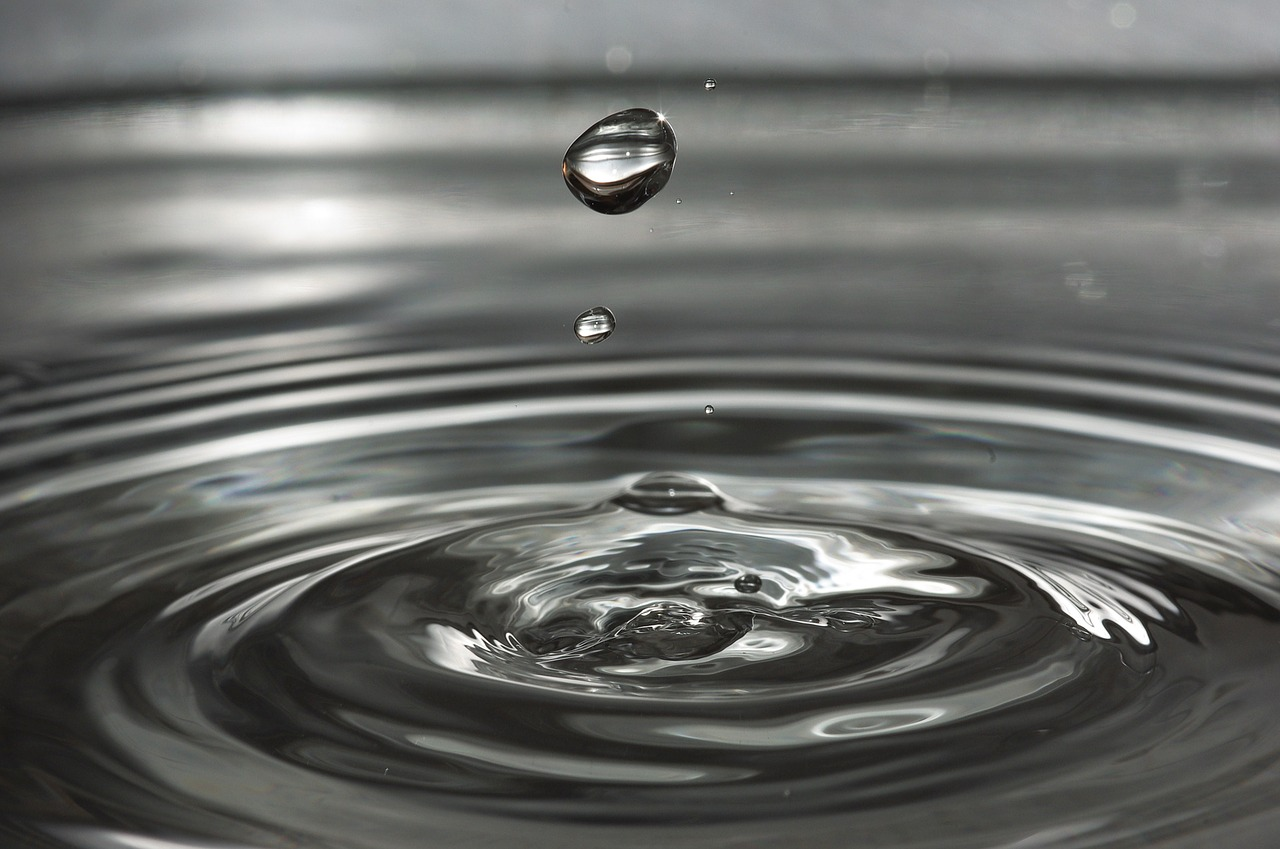 Je mnoho důvodů proč dodržovat pitný režim